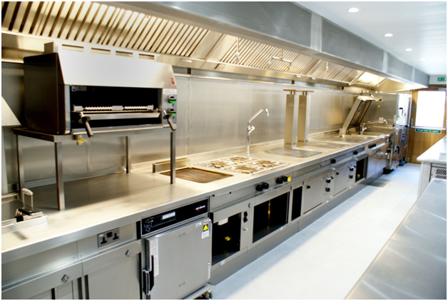 Staples you will need and trends to avoid in a commercial kitchen